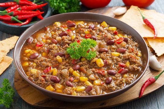 Mexican dish chili con carne in plate