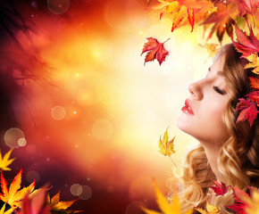 Autumn Beauty - fashion Makeup With Red Leaves