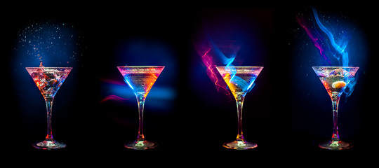 Spoed Foto op Canvas Alcohol Bright cocktails in glasses