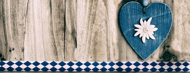 Herz, blau-weiß, Oktoberfest, Holztafel, Banner, Panorama, rustikal