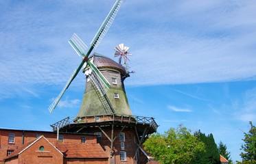 Idyllische Windmühle