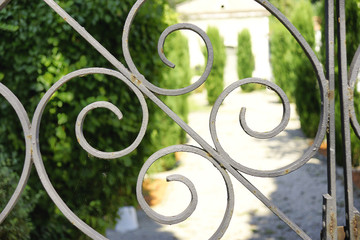 Verja del cementerio de Besalú, Girona, España