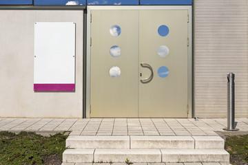 Gebäude Eingang