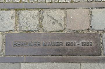 Berliner Mauer Bronzetafel