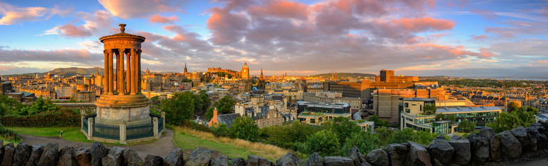 Canvas Prints Lavender Edinburgh Castle, Scotland