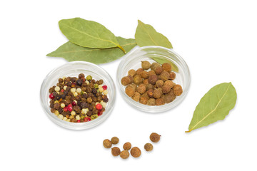 Fototapeta Dried bay leaf, glass containers with pepper and allspice obraz
