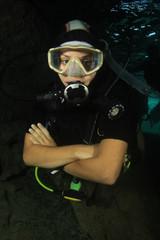 Beautiful woman scuba diving