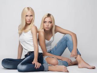 sexy twins couple girls