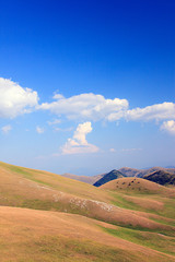 Gran Sasso, sinuose colline
