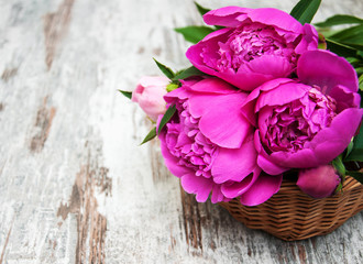 Basket with pink peony