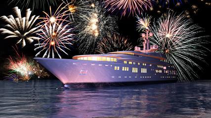 Luxusyacht vor einem Feuerwerk