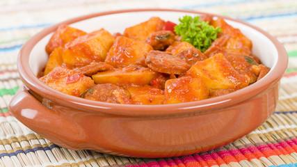 Patatas a la Riojana - Potato, chorizo and peppers stew.