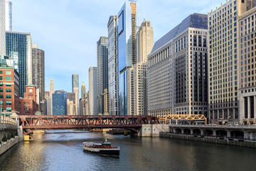 The Chicago River serves as the main link.
