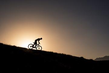 bisikletle zirveden iniş yapmak