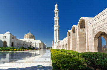 Sultan Qaboos Grand Mosque / The largest mosque in Sultanate of Oman, located in the capital city - Muscat