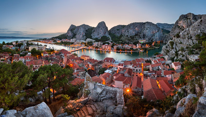 Fototapete - Aerial View of Omis Old Town and Cetina River Gorge, Dalmatia, Croatia