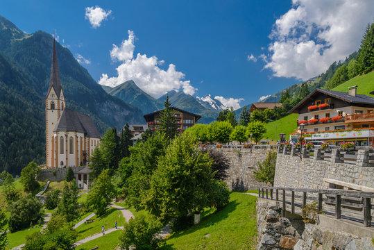 Heiligenblut village am Grossglockner in Hohe Tauern National Park, Austria