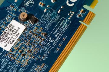 Scheda elettronica e circuiti stampati