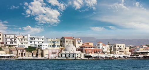 Набережная, бухта в Греции
