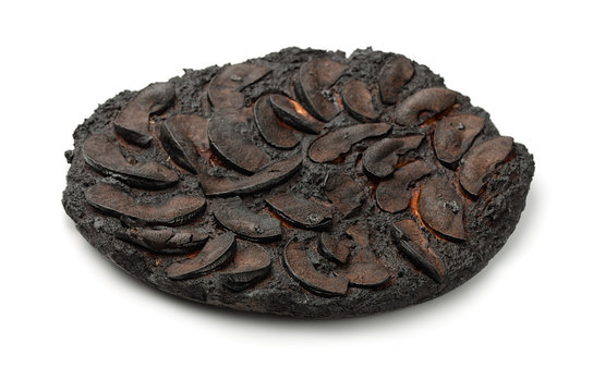 Burnt apple cake