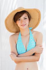 水着女性のポートレイト