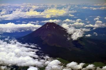 空から見た富士山の風景