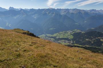 Vallée en montagne