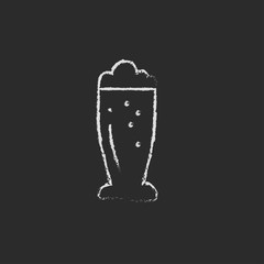 Glass of beer icon drawn in chalk.