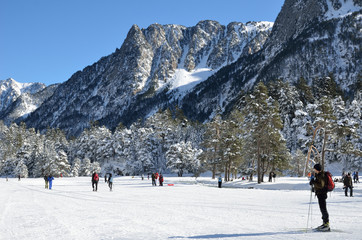 Cross country skiing in the Marcadau valley