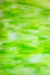 Grüner und weißer Hintergrund aus Pinselstrichen auf Leinwand