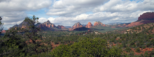 Panoramic view of the red rocks of Sedona, Arizona, from Schnebly Hill Road