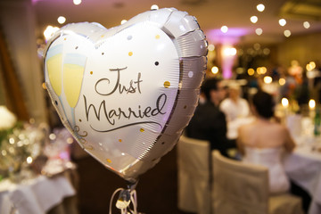 Ballon, Herz, bei einer Hochzeit