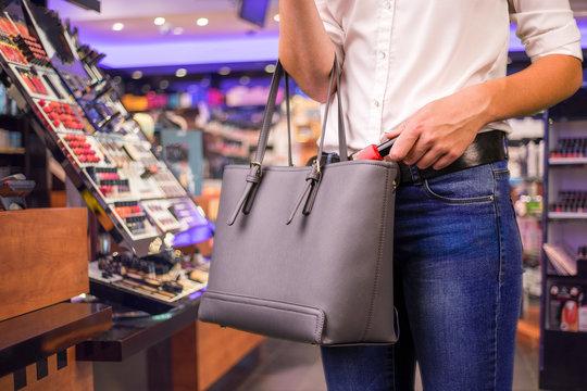 shoplifter at work