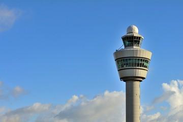 オランダ アムステルダム スキポール空港の管制塔