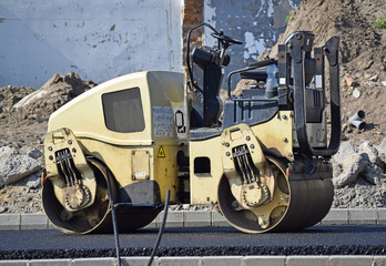 Stam roller at the road construction