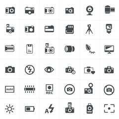 vector black camera icon set on gray