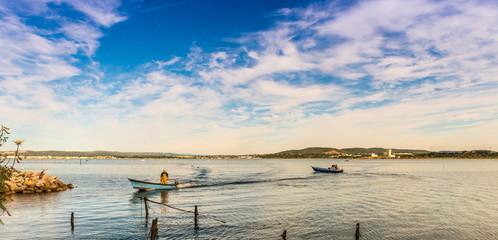 Pêcheurs sur l'étang de Thau, Sète