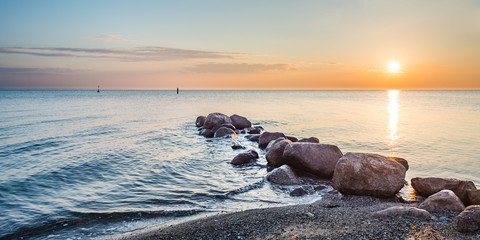Wall Mural - Sonnenaufgang Timmendorfer Strand, Ostsee