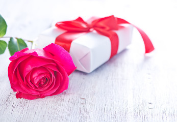 present and red rose