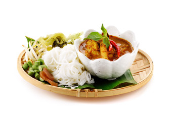 noodles fish curry crab