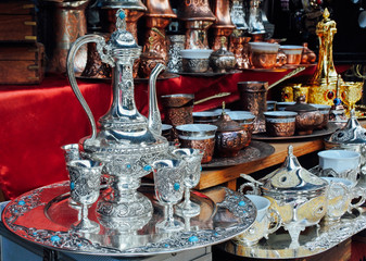 Handmade Turkish tea sets at Istanbul market