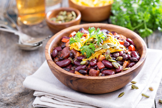 Vegetarian chili with red and black beans