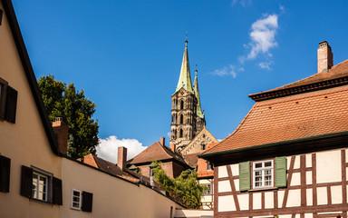 Wall Mural - Fackwerkhäuser in Bamberg Blick zum Dom