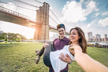 Couple taking selfie in New York