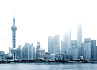 Blick auf die Hochhäuser des Finanzzentrums von Shanghai (Pudong)