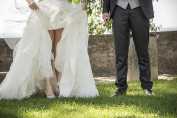 gambe della sposa