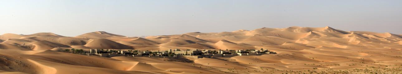 Zelfklevend Fotobehang Zandwoestijn Abu Dhabi Desert dunes
