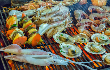 Assorted seafood grilled SEAFOOD