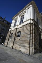 côté du Parlement de Bretagne