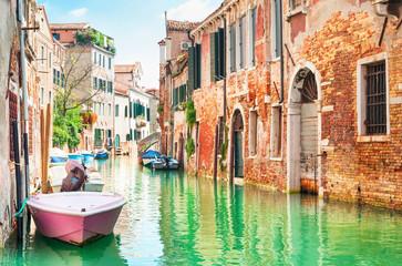 Spoed Fotobehang Venetie Canal in Venice, Italy.